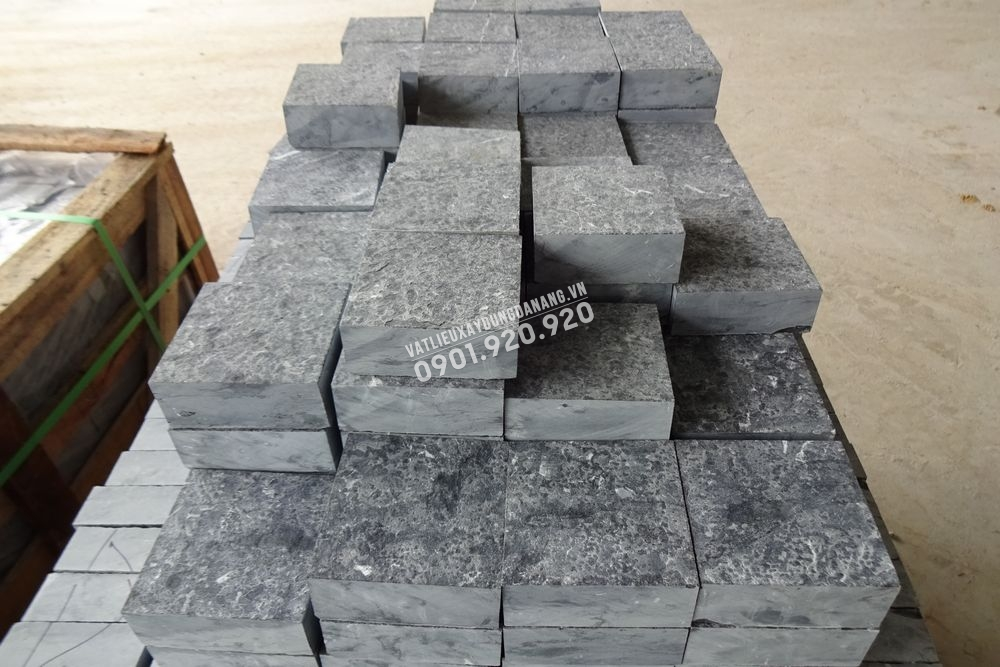 đá cubic tự nhiên