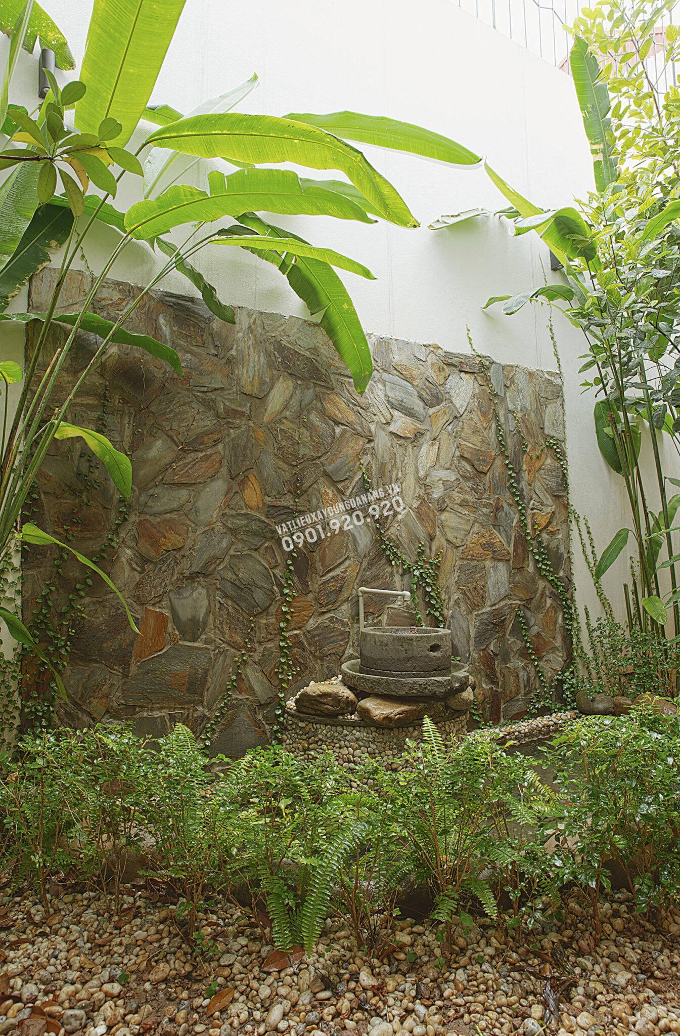 nhà ốp đá tự nhiên